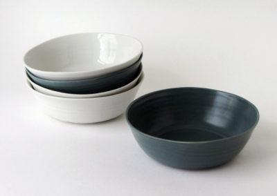assiettes-creuses-STRILLE-unies-2couleurs