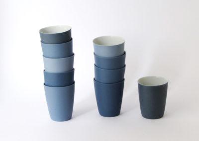 gobelets-droit-porcelaine-terresbleuecamaieu