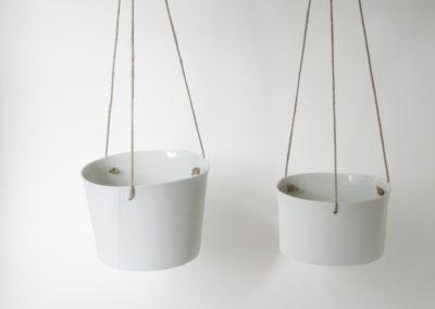 pots-suspendus-porcelaine-blanc-3