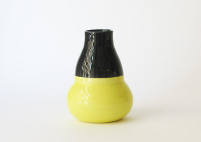 vases-tour-noir-jaune
